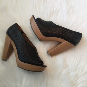Lucky Brand Shoes - Lucky Brand Marlene Open Toe Platform Heels